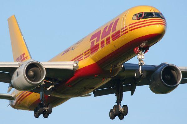 DHL HCM nhận chuyển hàng đi Mỹ tại quận 8 giá rẻ