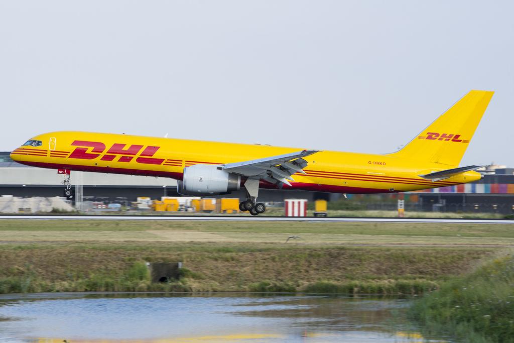 DHL cung cấp dịch vụ gửi hàng đi Đức tại quận 10 tốt nhất hiện nay