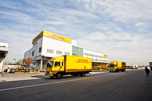 Gửi hàng quốc tế DHL đi Hà Lan tại TPHCM 1